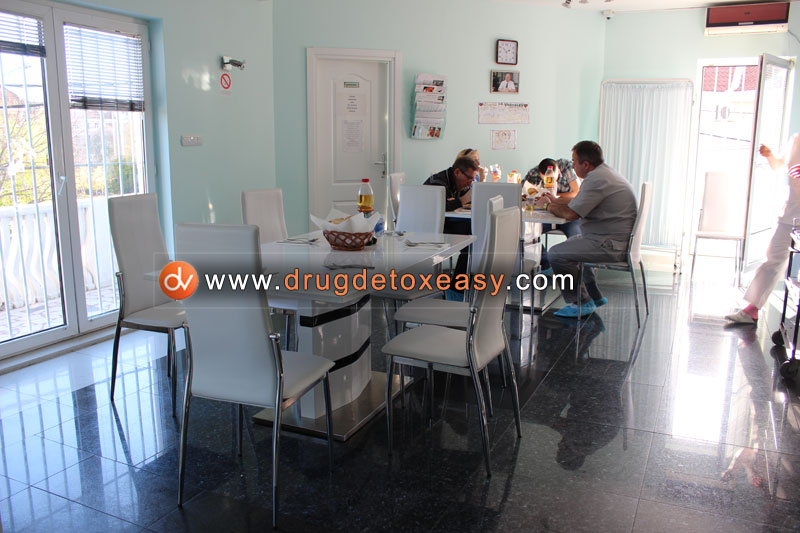 accomoddation detoxification from drugs center