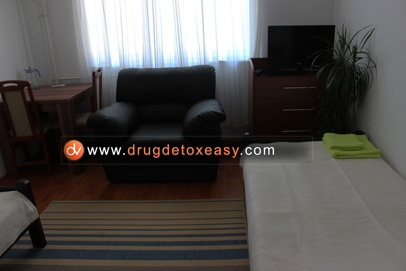 detoxification from drugs clinic vip room